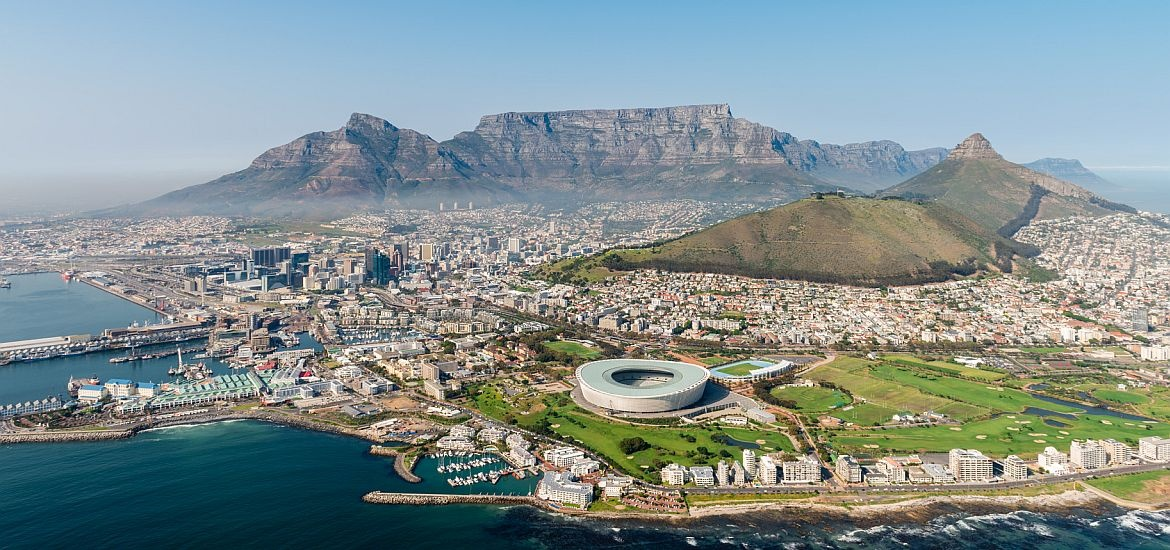 how to become an oncologist in south africa